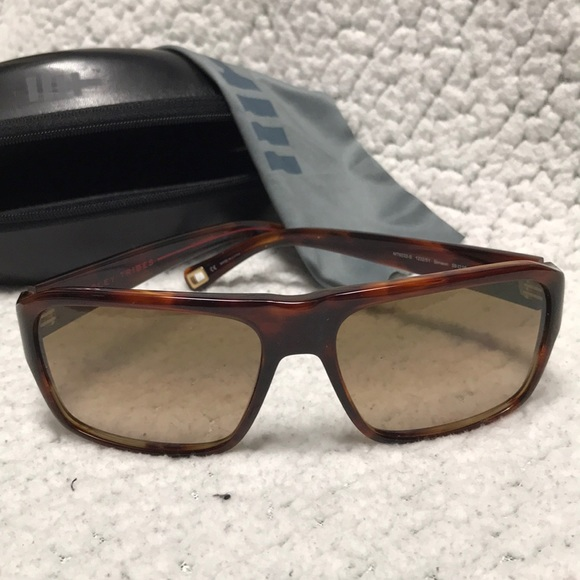962d6a9b7bb41 Oliver Peoples Accessories